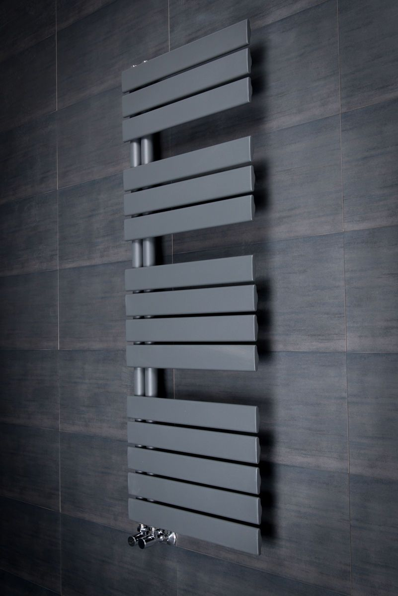 Designer Handtuchheizkörper Badheizkörper 9x9mm Grau in