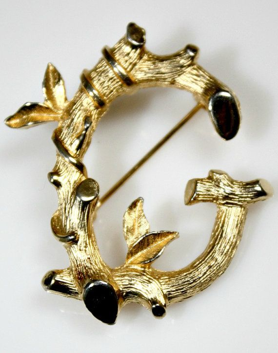 Vintage  Ornate Pin / Brooch  Gold Tone Metal by estatesalegems, $4.50