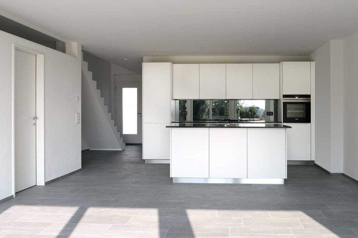 Wunderschone 5 5 Zimmer Wohnung In Egg Bei Zurich Zu Vermieten 5 Zimmer Wohnung Wohnung Mieten Wohnung In Zurich