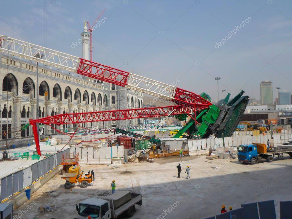Mecca Saudi Arabia November 2017 Pilgrims Surrounds Area Giant Crane St Aff November Arabia Mecca Saudi Ad Giant Crane Mecca Saudi Arabia