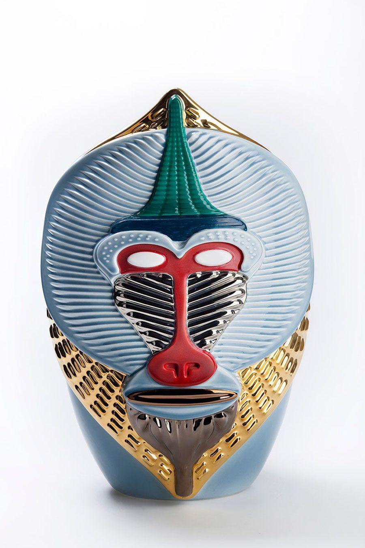 Beautiful Vases with Colorful Primates Heads – Fubiz Media