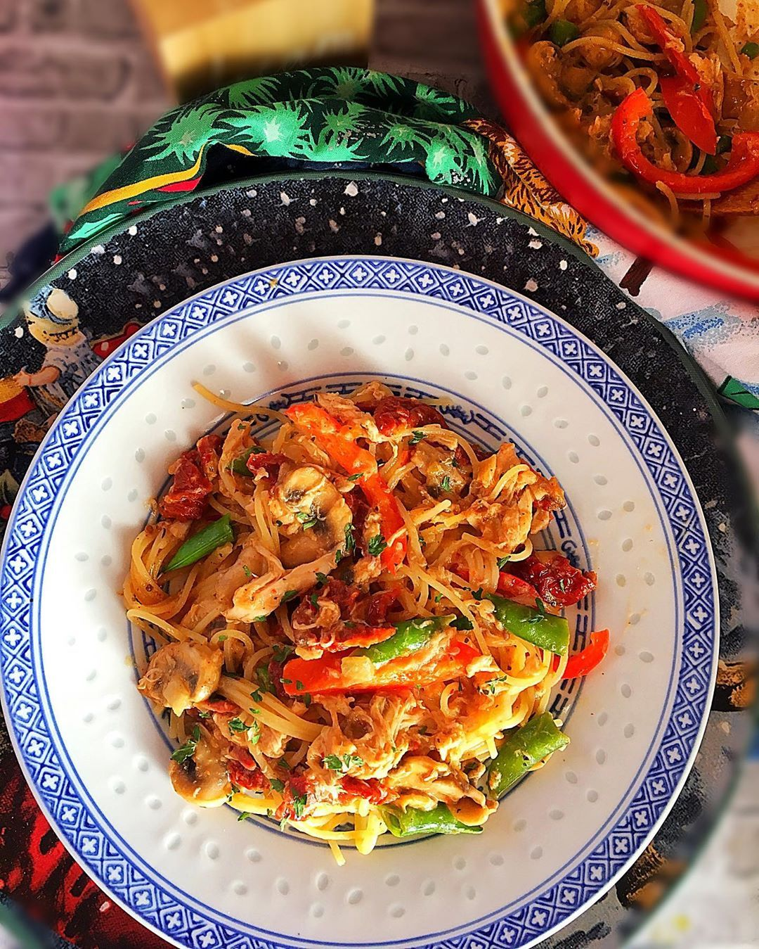 Mango Chicken Pasta! Details on my story!  . . . . . . . . . . . . #chicken #pasta #familyfoodtribe...