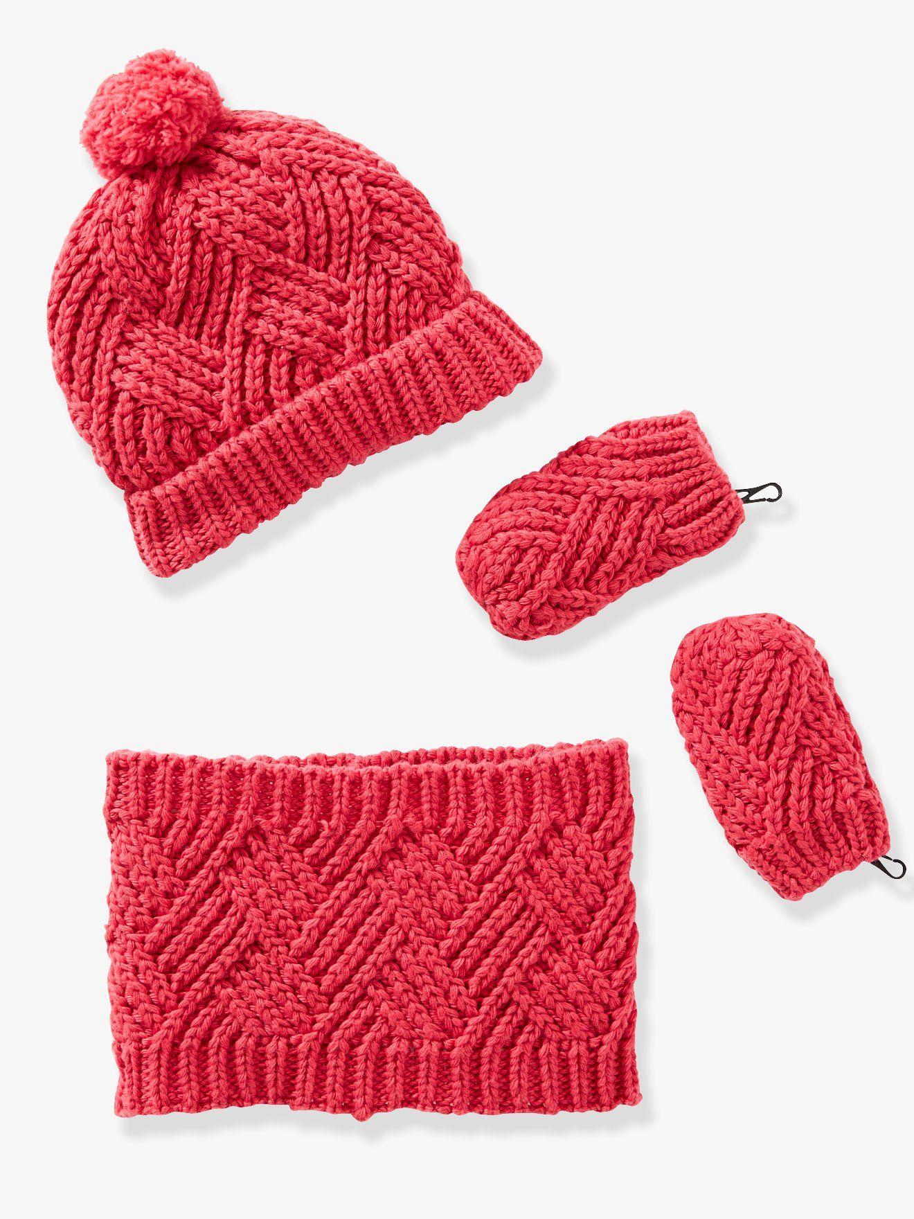 55a4c78caf20 Ensemble bébé bonnet, moufles et snood en tricot fantaisie framboise -  L hiver n