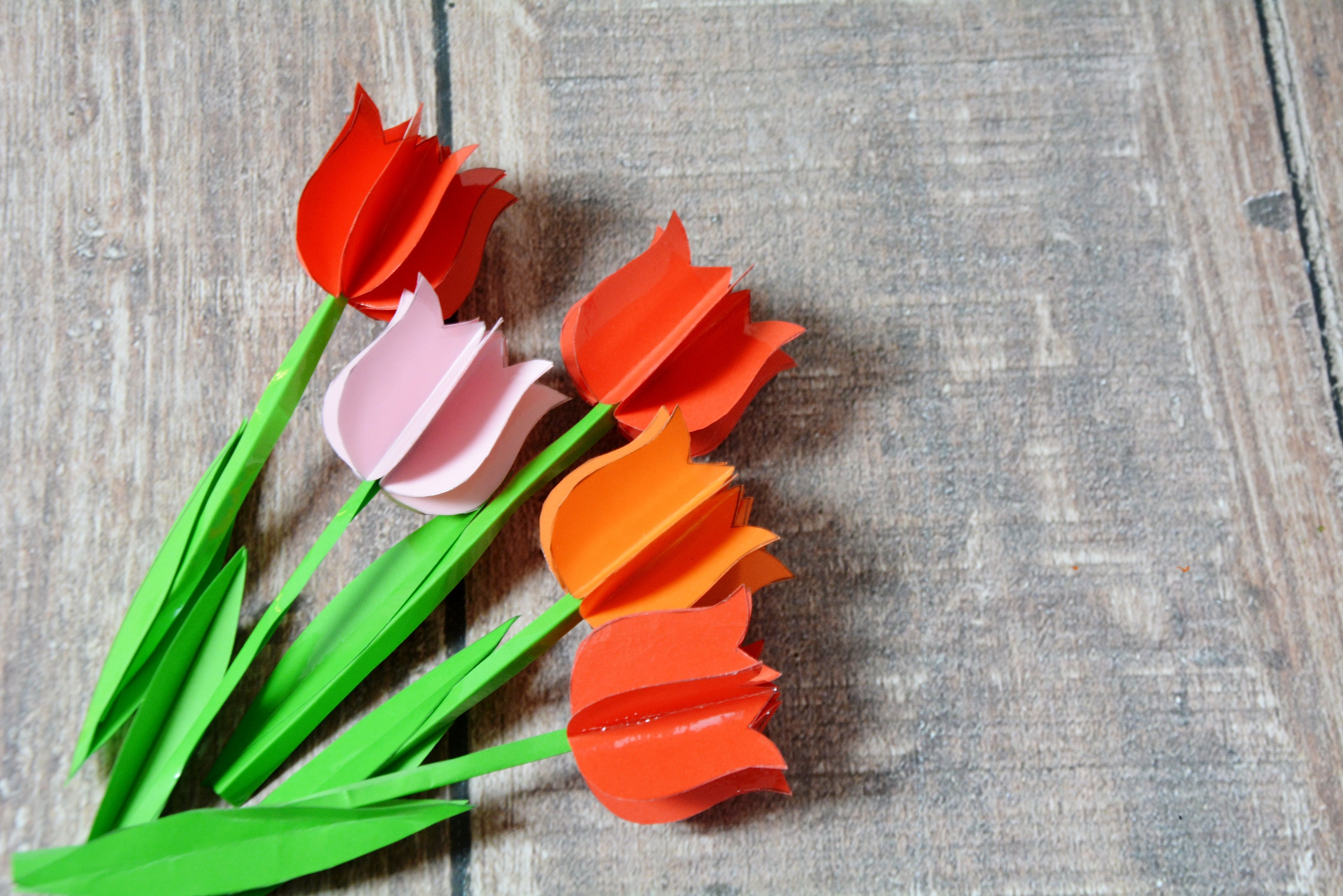 25 Pomyslow Na Kwiatowe Diy Wykonaj Kwiaty Z Papieru Bibuly Balonow A Nawet Na Slodko Mama W Domu Vegetables Easter Carrots