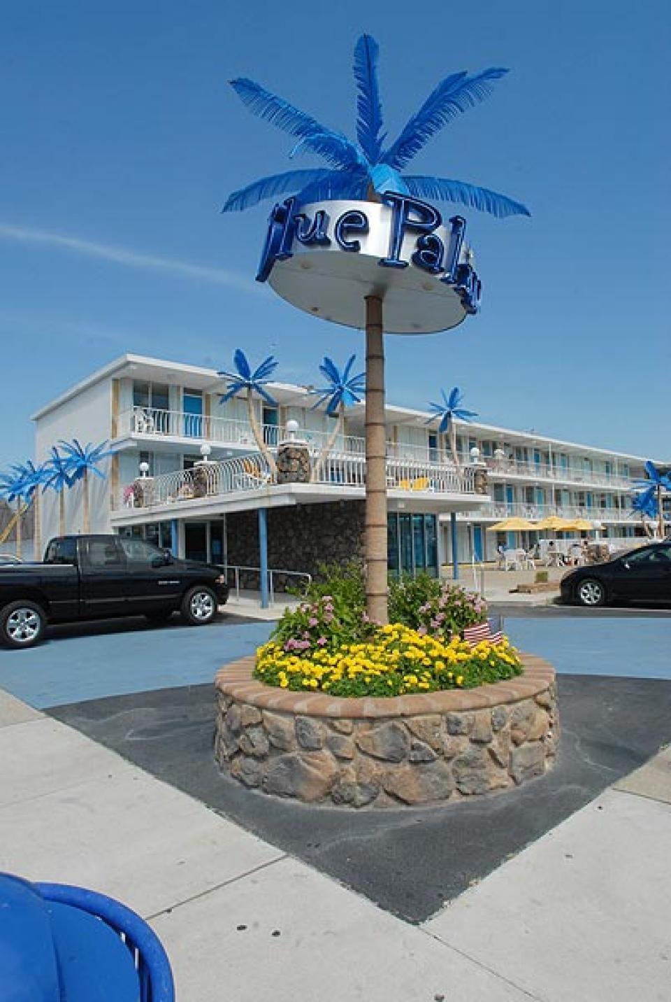 The Blue Palms Motel - Wildwood, NJ