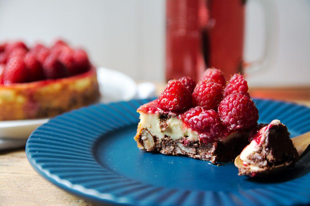 Mon cheesecake au chocolat, amandes et framboises sans gluten et sans lait de vache !