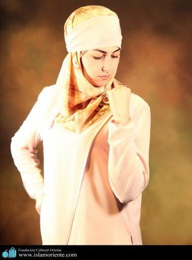 Mujer musulmana y desfile de moda - 34