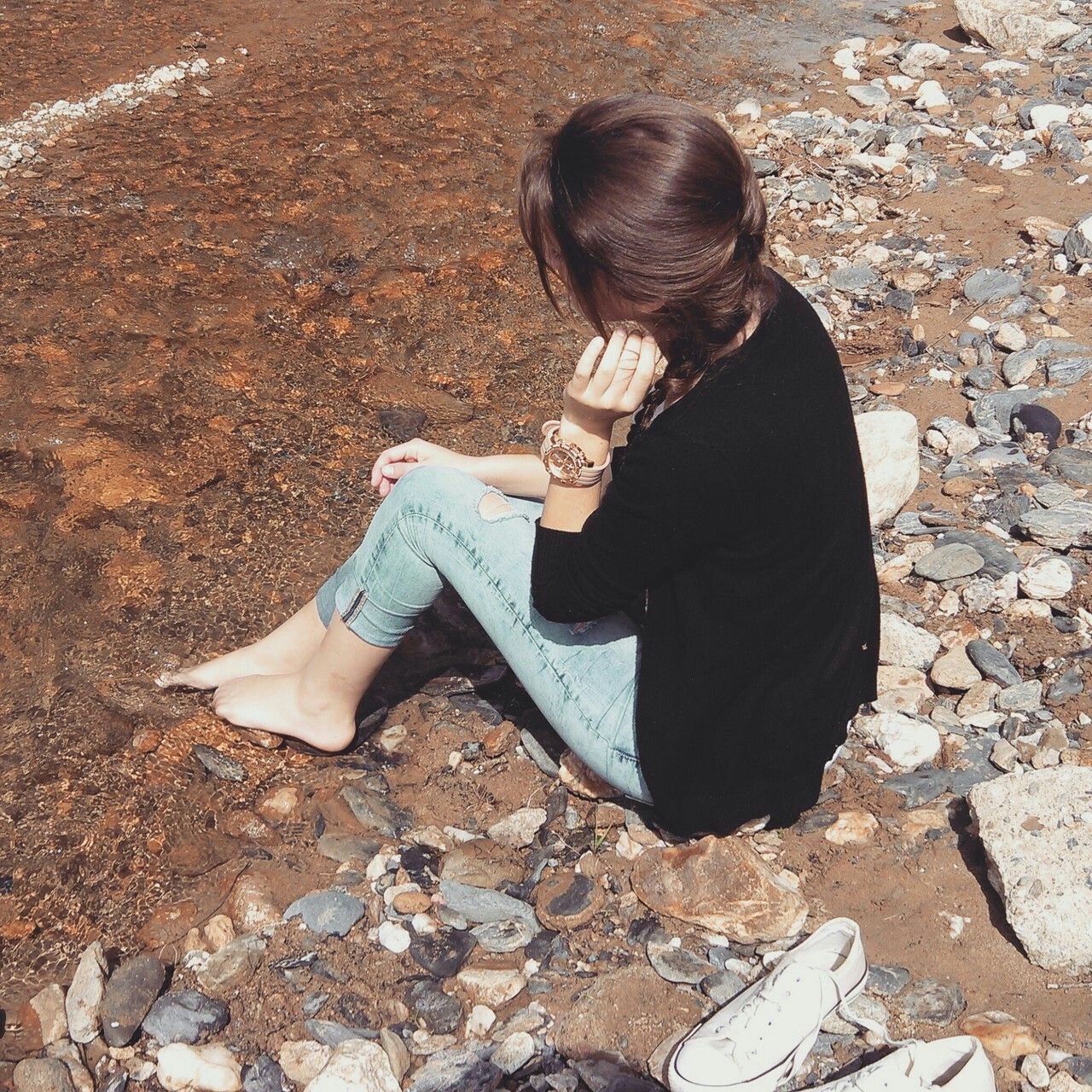 Girl Hiding Face, Girl Photo Poses, Profile