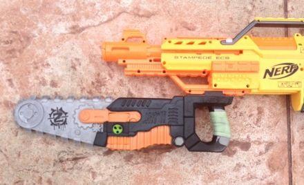 NERF Zombie Strike Chainsaw
