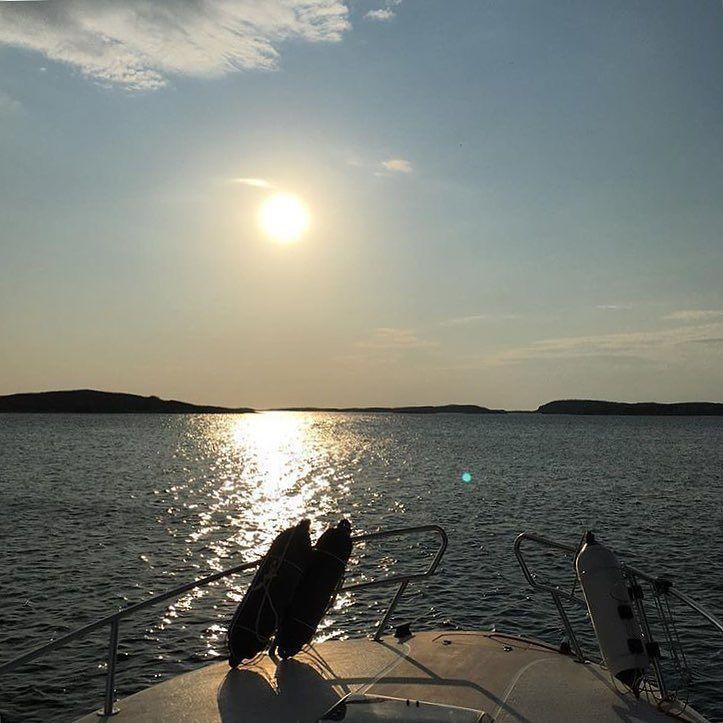 #boatingsweden . . . Foto @godemob #boats #boating #sailing #segling #sailboat #sail #segelbåt #sweden #sverige #yacht #hav #havet #sea #ocean #yachting #love #life #ig_sweden #instalike #instamood #båt #båtliv #båtar by boatingsweden