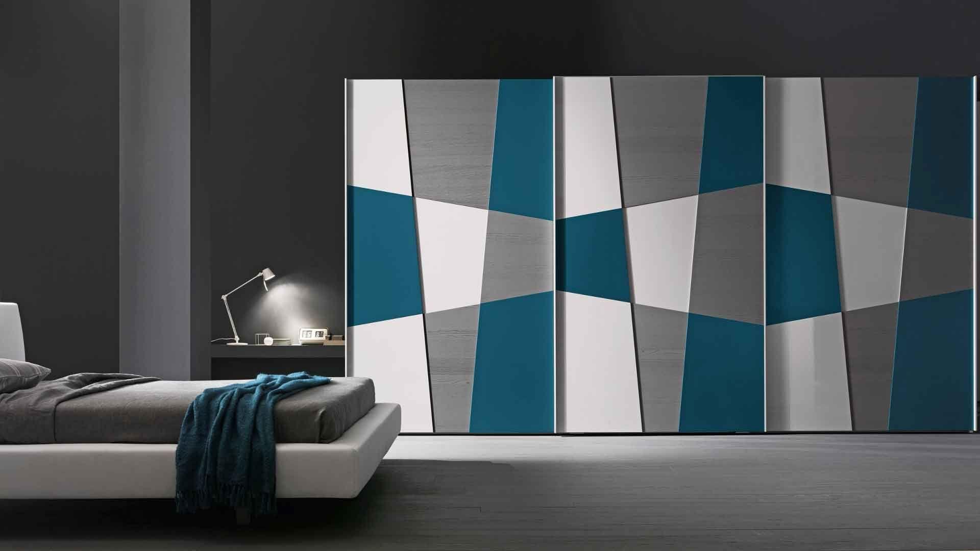 Schrank Mit Schiebetür Shape Paneele In Lack Hochglanz Grigio Perla Color Wood Grigio Bedroom Furniture Design Wardrobe Design Bedroom Wardrobe Door Designs