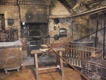 39 le four bois de la boulangerie 39 au p trin moissagais 39 bordeaux construit en 1765 sous. Black Bedroom Furniture Sets. Home Design Ideas