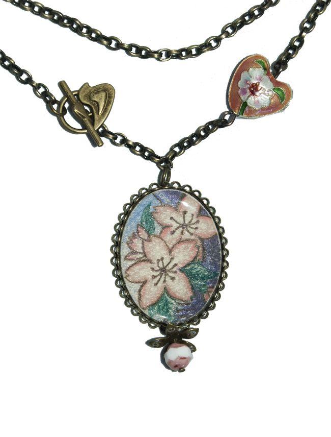 Collar camafeo cerezo en flor