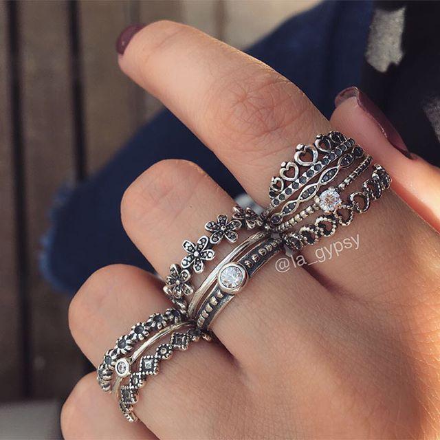 WEBSTA  la gypsy  Completamente amando esse mix de anéis  fininhos💖💖💖💖💖💖 dfedc6db57