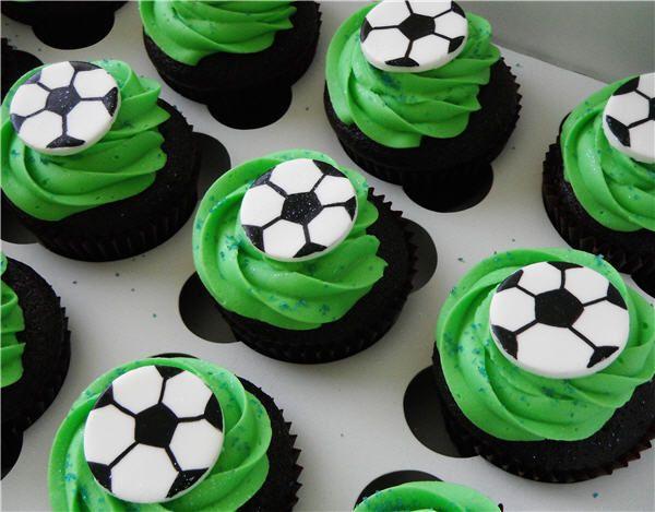 Fondant Soccer Ball With Buttercream Grass Cupcakes Soccer Birthday Cakes Soccer Cake Soccer Ball Cake