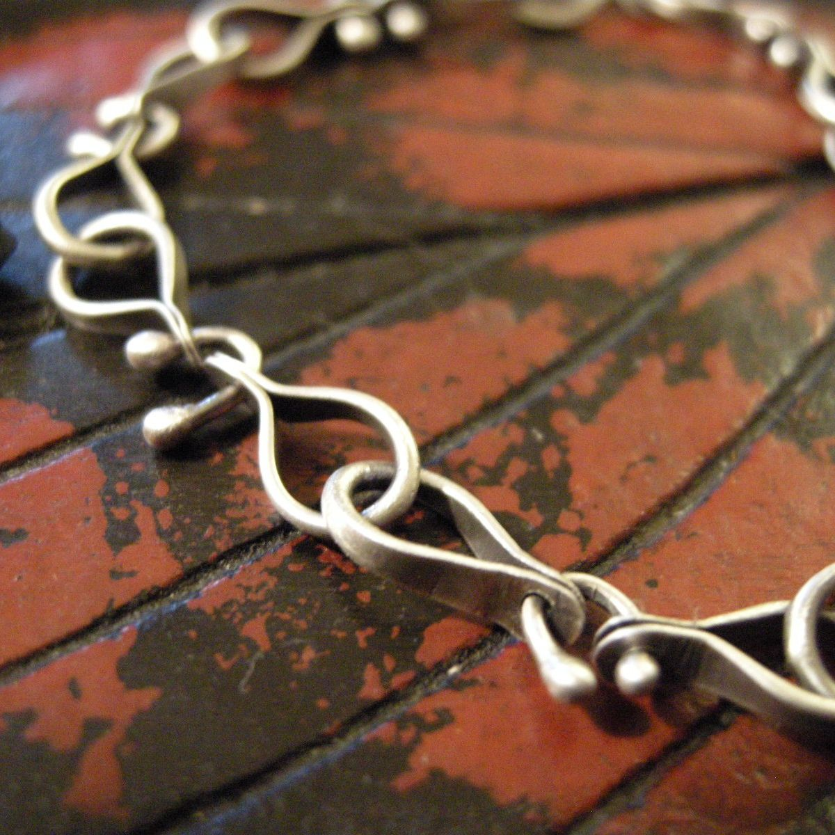 The tale of two links cold feet chains and studio two chain link chain tutorial with beaded link cold feet studio baditri Choice Image