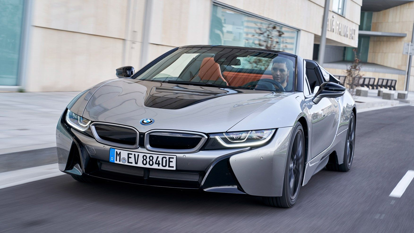 New 2018 Bmw I8 Roadster Expert Review By Car Magazine Uk With