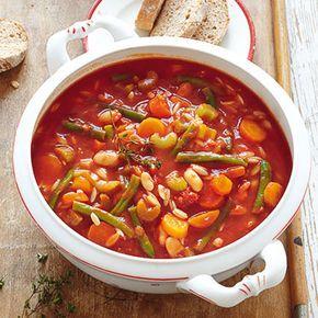 Bohneneintopf mit Tomaten und Reisnudeln