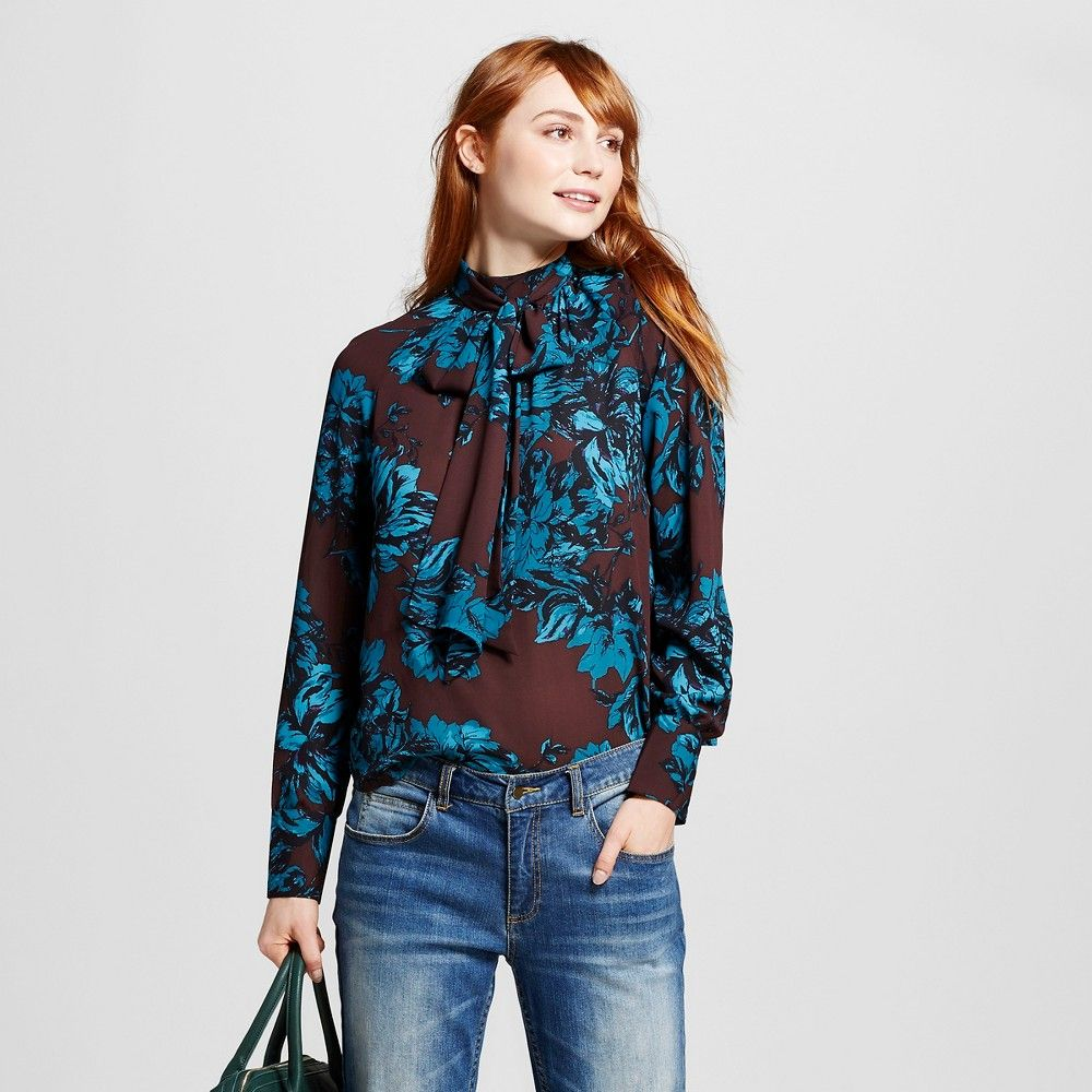 What To Wear With A Teal Blouse 111