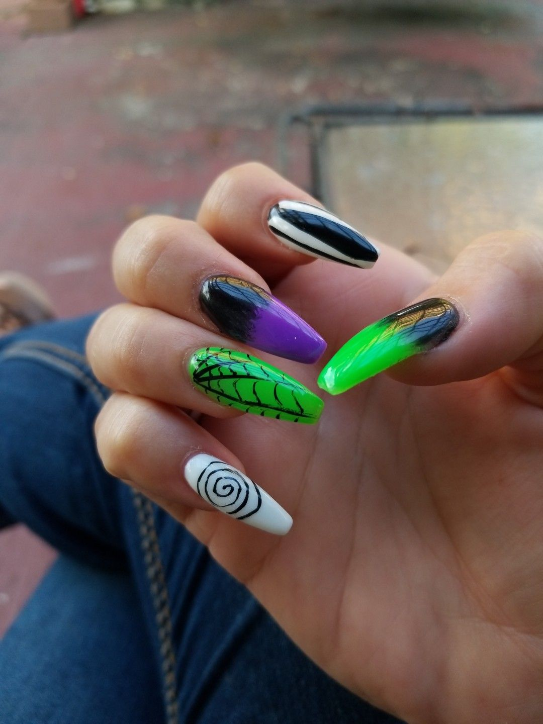 Coffin shaped Halloween nails | Halloween nails, Nails ...