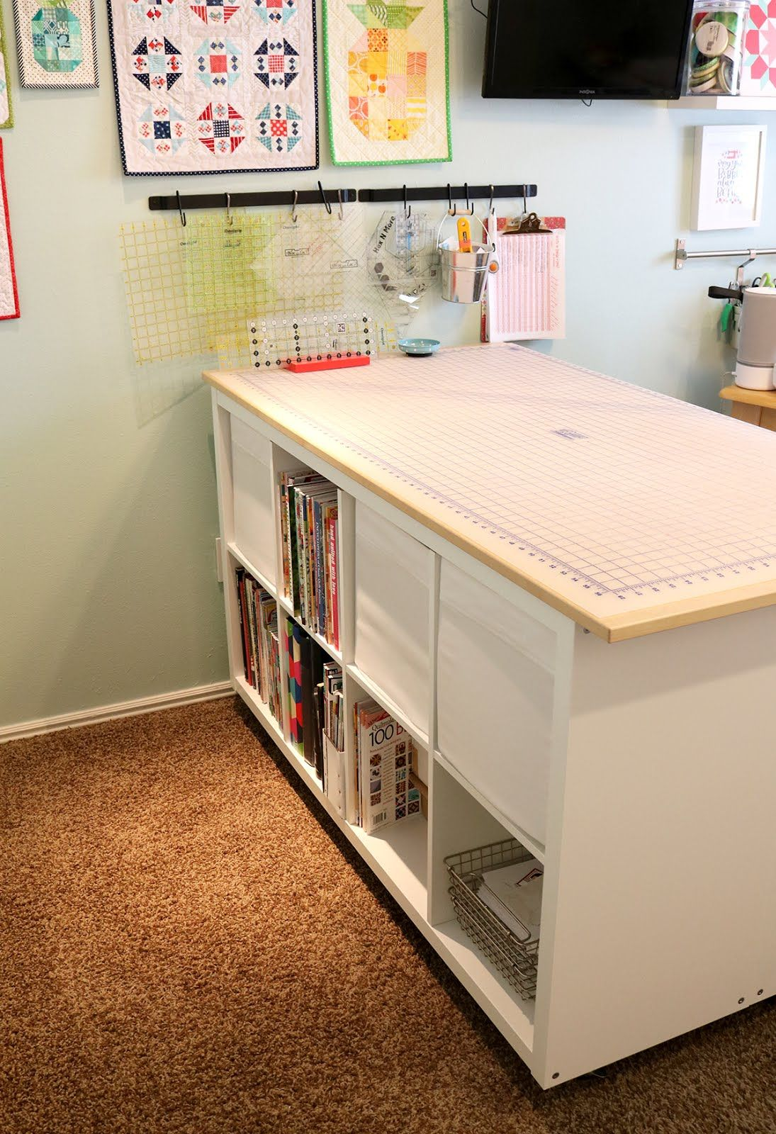 Charmant Cutting Table IKEA Hack DIY   I Would Love To Have All Of That Storage!