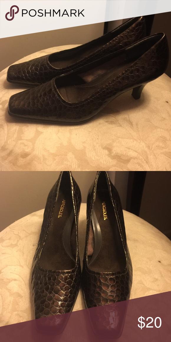 """Heels Crocodile like material. Brown. Comfort shoe.  3"""" heel AEROSOLES Shoes Heels"""