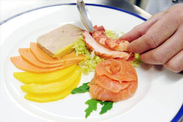 Lorenzo Staltari dal 2010 è lo chef executive delle cucine del Casinò Campione d'Italia.