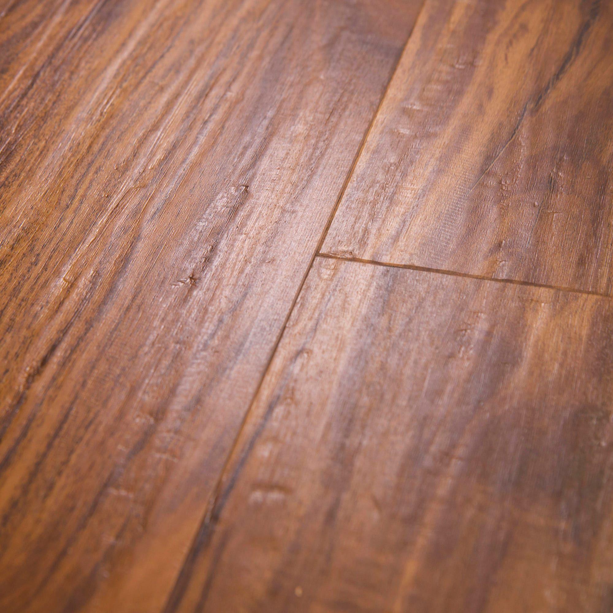 Cali Vinyl Pro Pet-Proof Flooring, Classic Acacia (3.3-sq ft/box