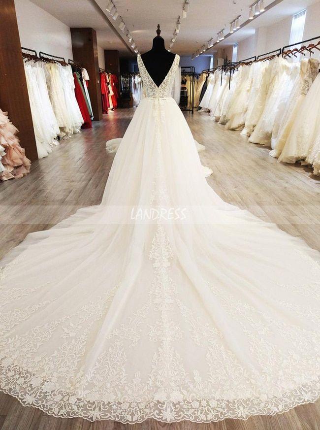 Wunderschöne Brautkleider mit Applikationen, Weißes Brautkleid mit langem Zug, 11568