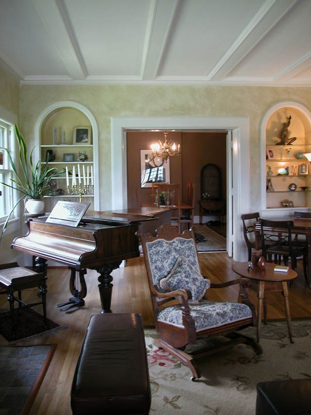 Grand Living Room: How To Arrange The Grand Piano In Room Interior Design