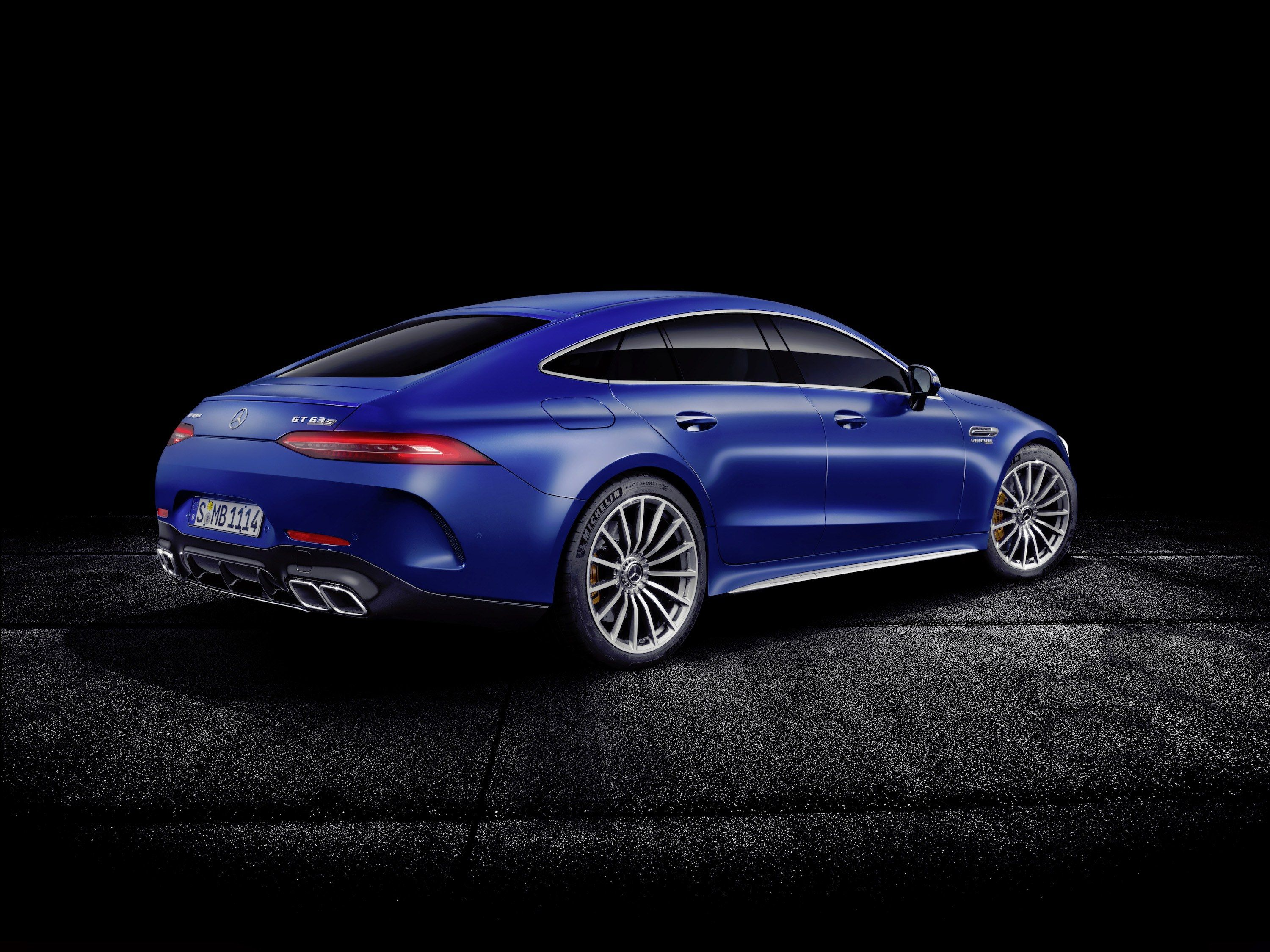 The 15 Hottest New Cars At The 2018 Geneva Motor Show Mercedes Amg Mercedes Benz Wallpaper Mercedes Benz Cars