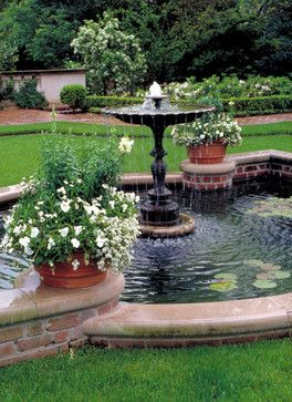 Houston Southern Estate Traditional Landscape Water Features In