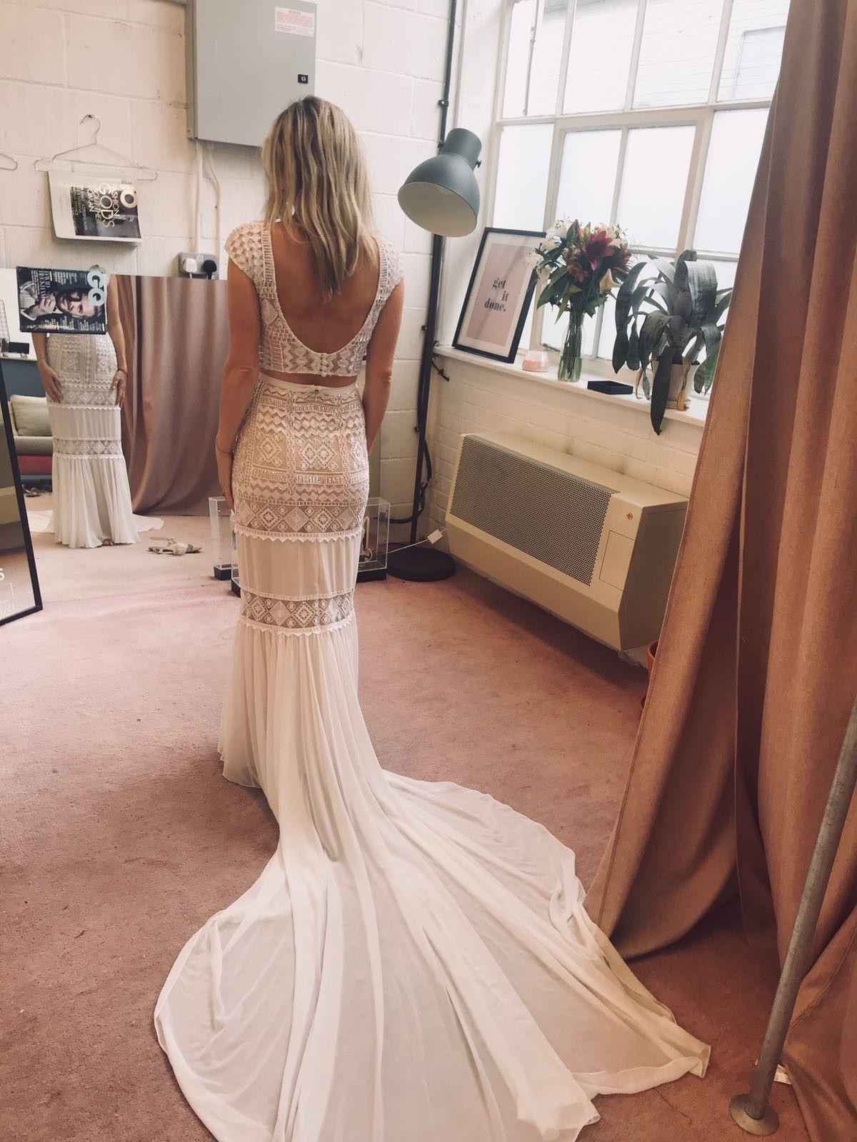 33++ Wedding dress neckline too low ideas
