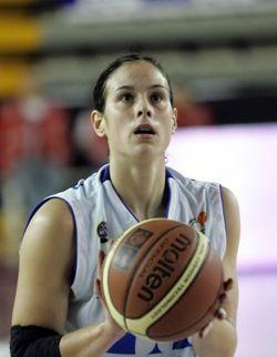 Núria Martínez durante un partido