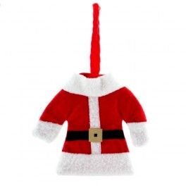 Decora los cubiertos estas Navidades y sorprende a tus invitados en tus fiestas navideñas con el traje de Papá Noel para cubiertos! ¡La mejor decoración navideña para tu mesa! Fabricado en poliéster Medidas aprox.: vestido: 13 x 11 cm - pantalón: 8 x 14 cm Diseños surtidos que se enviarán aleatoriamente según disponibilidad de stock