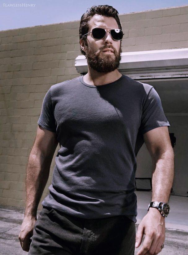 фото человека из стали с бородой названием мультифлора