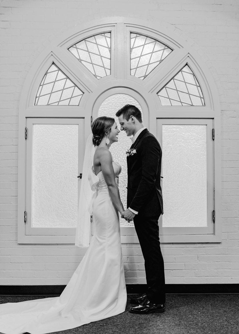 Modern Bride Simple Mikaella Wedding Dress Louisville Ky Wedding Dresses Wedding Boutique Glamourous Wedding Dress [ 1158 x 828 Pixel ]
