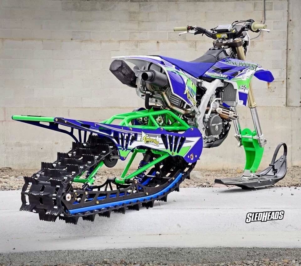 Now That I Live In Columbia Mo And It Is Snowing As I Pin This I Am Thinking This Is Not A Bad Idea Snowbike Cool Dirt Bikes Dirtbikes