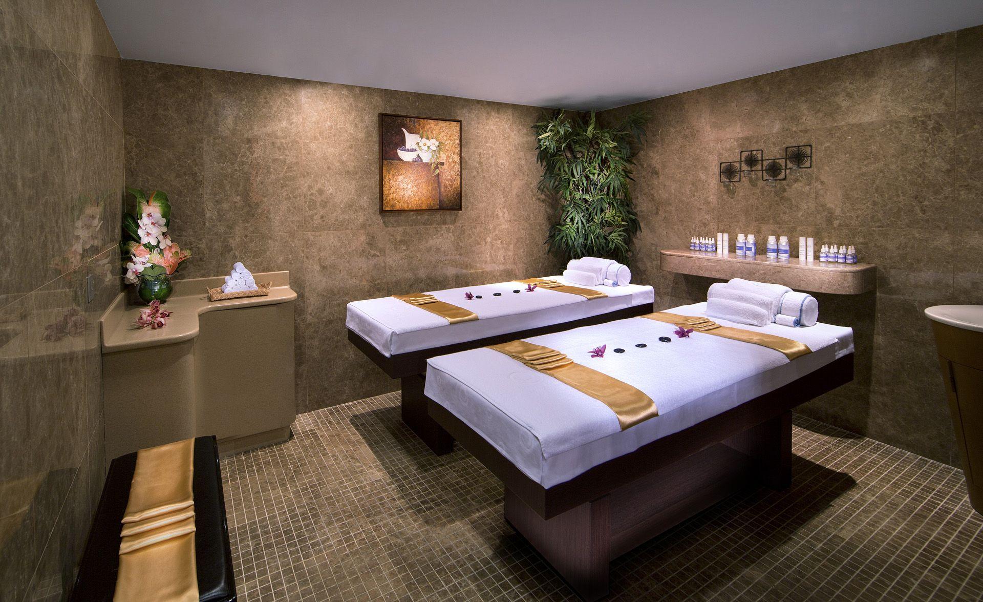 Duo massage room la cigale hotel events doha spa for Hotel design spa
