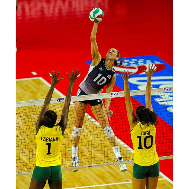 You Can See The Governor Jordan Larson And The U S Women S Team Compete Live This Summer At The Fivb Gra Female Volleyball Players Usa Volleyball Team Usa