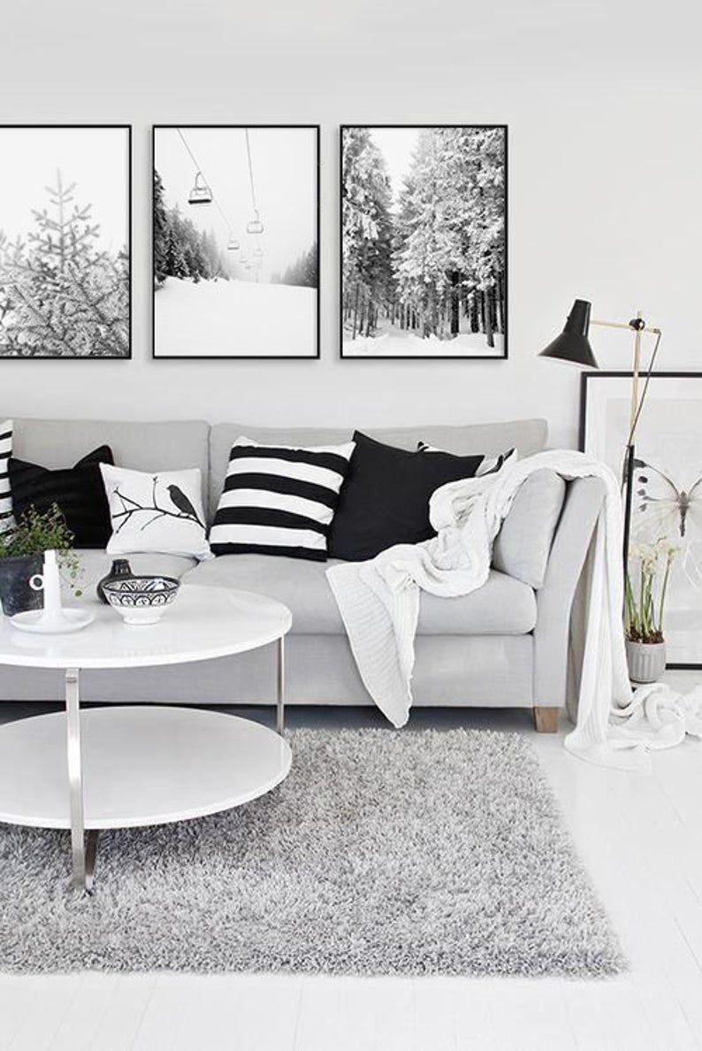 Set Di Tre Fotografie Invernali Sci Stampa Montagna Arte Etsy Black And White Living Room Modern White Living Room Living Room Grey