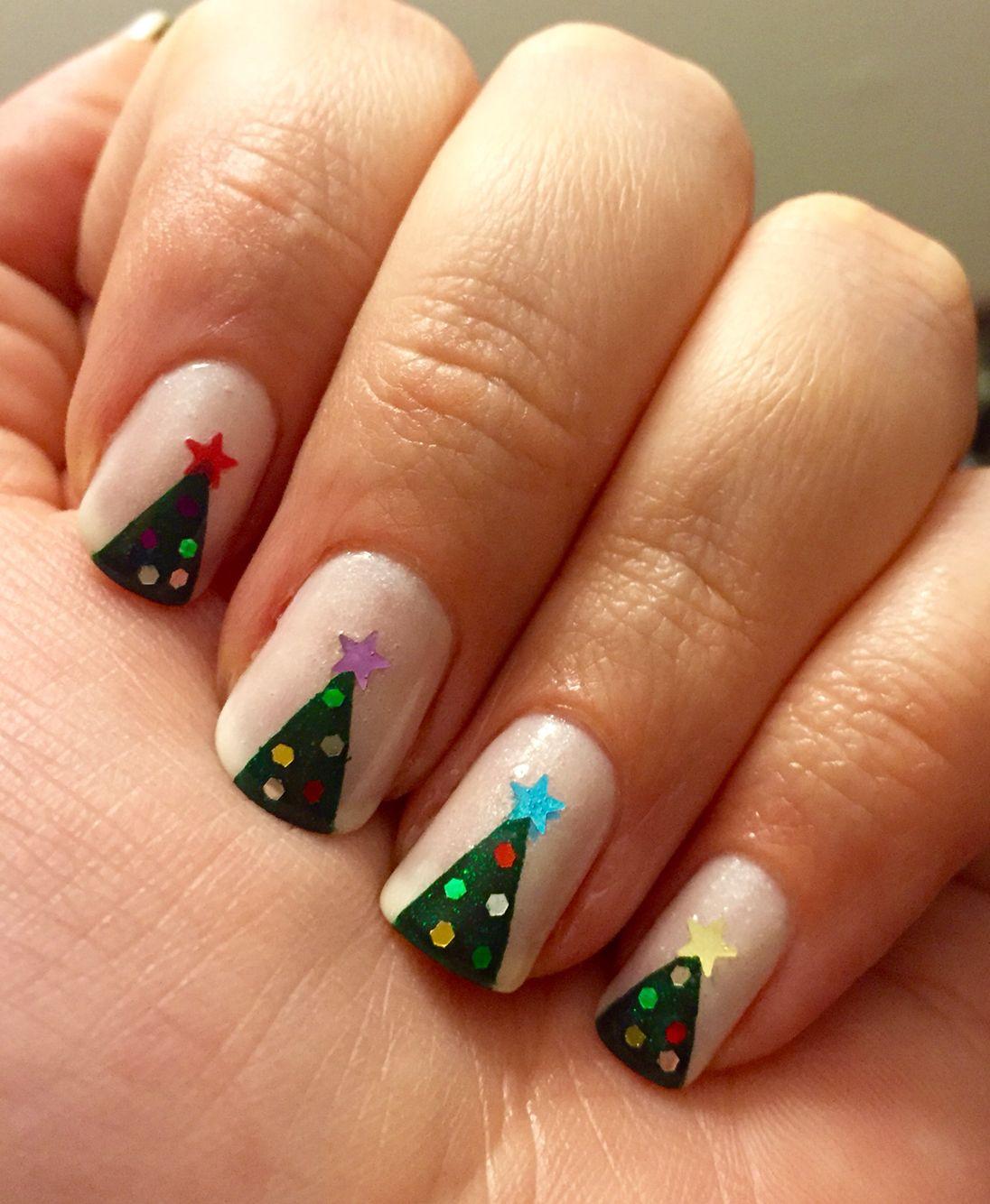 Christmas tree mani