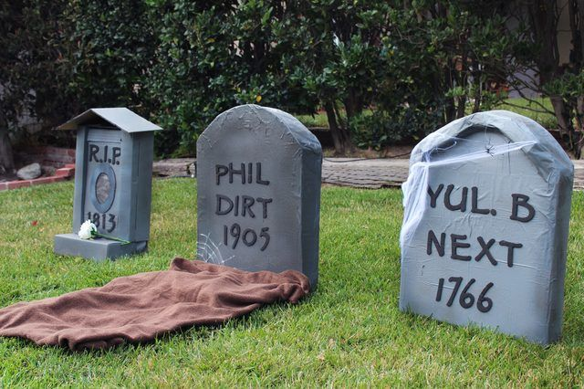 How to Make Cardboard Tombstones Halloween ideas, Decoration and