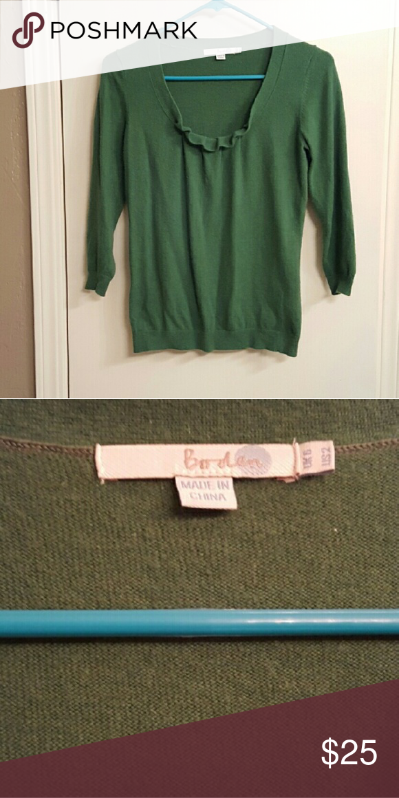 Beautiful green boden sweater Good condition. I have several boden items. Check out my closet! Boden Sweaters Crew & Scoop Necks