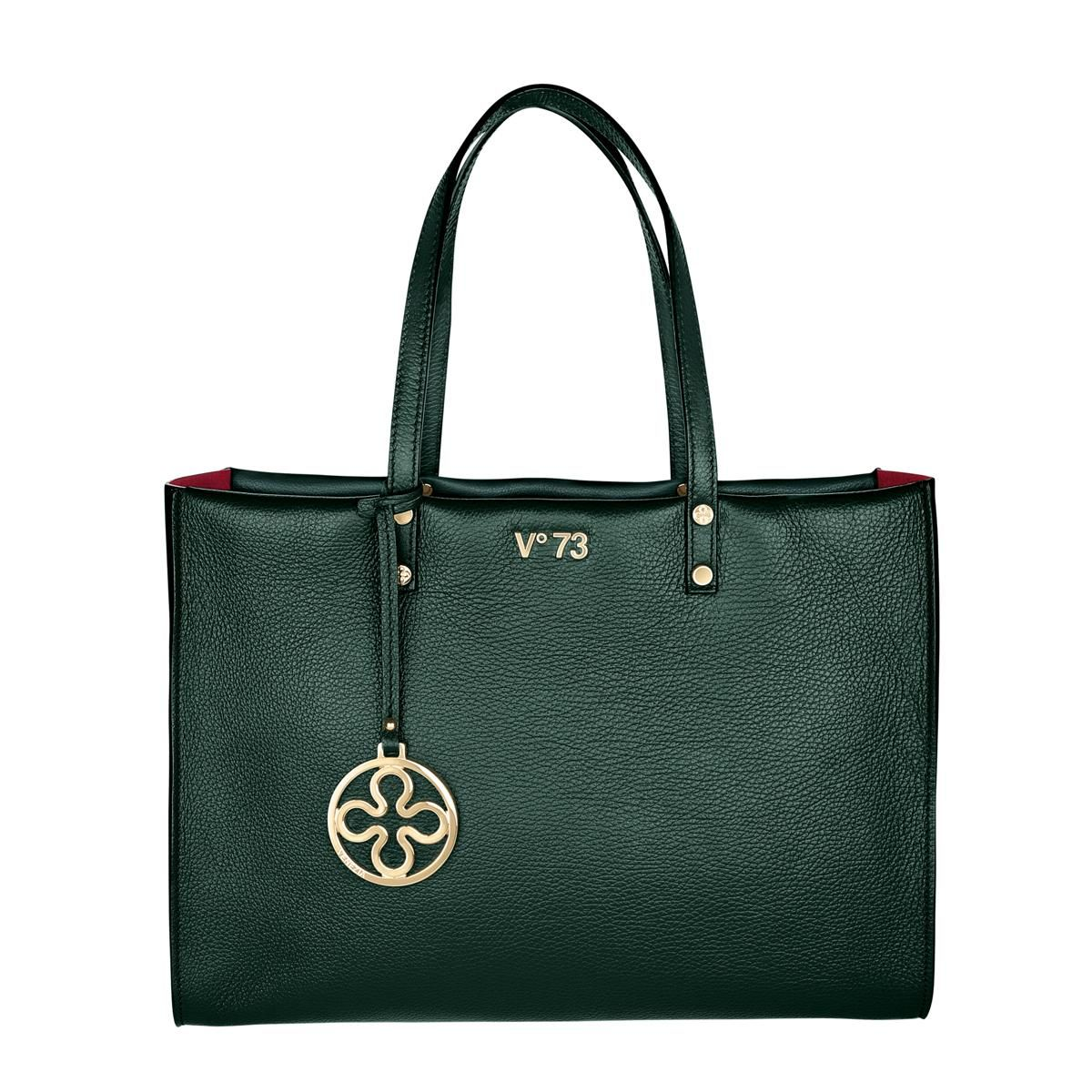 #V73 Venezia Green Gables Leather Bag whit zip closure , Charms shown in photo included, Metal feet at the base 39 x 28 x 12 Shop now: http://www.v73.it/en/venezia