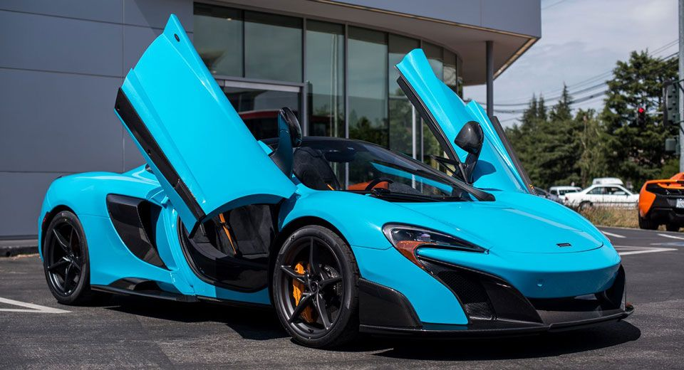 Fistral Blue Mclaren 675lt Spider Is The Most Stunning Thing You Ll See All Day
