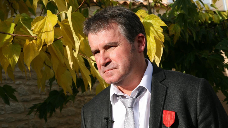 """Paul François, l'agriculteur qui a fait condamner Monsanto : """"Je comprends la peur des agriculteurs, mais il faut sortir de la chimie"""""""