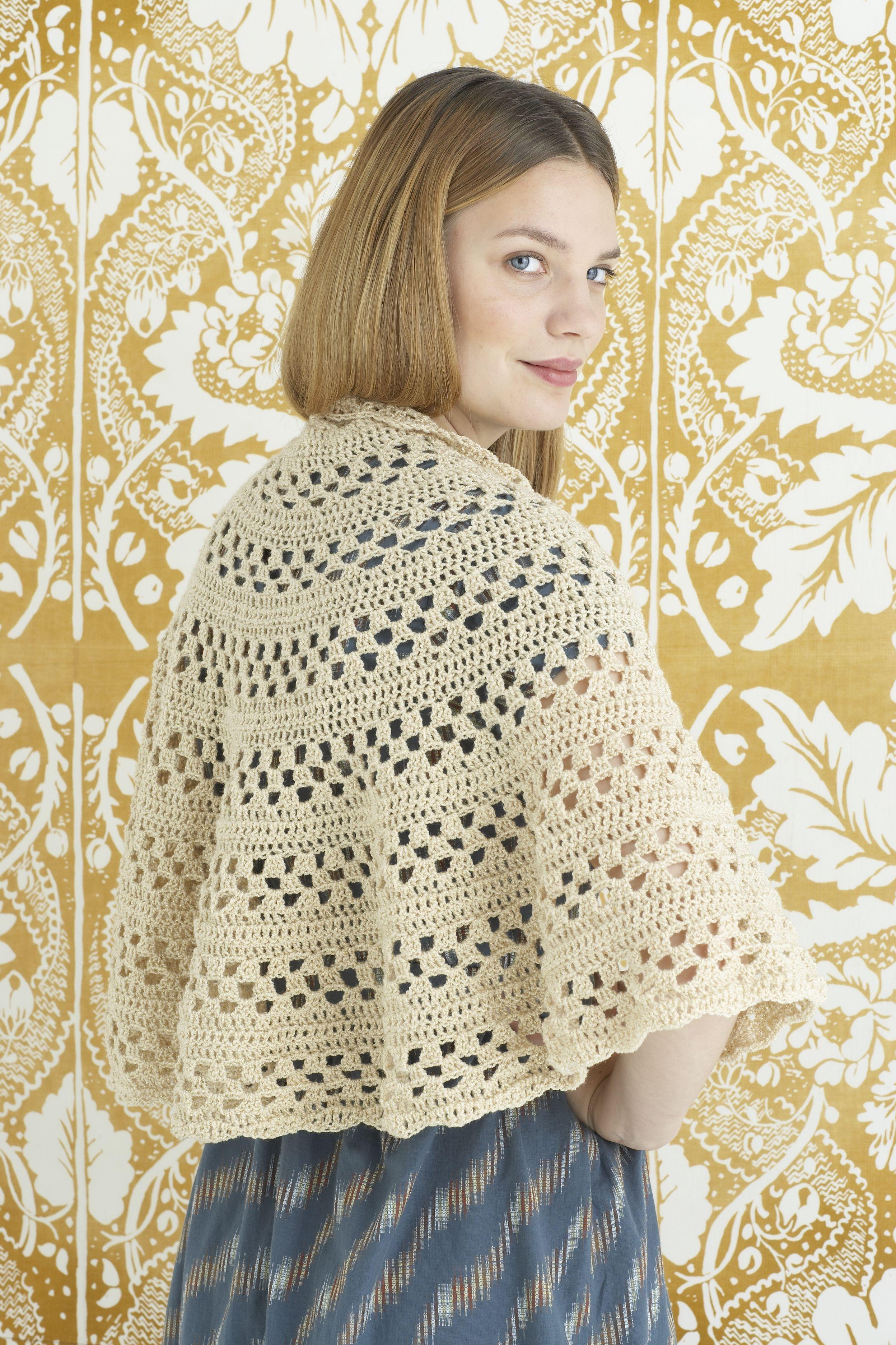 Emily Shawl (Crochet) | capelet | Pinterest | Ponchos, Patrones de ...