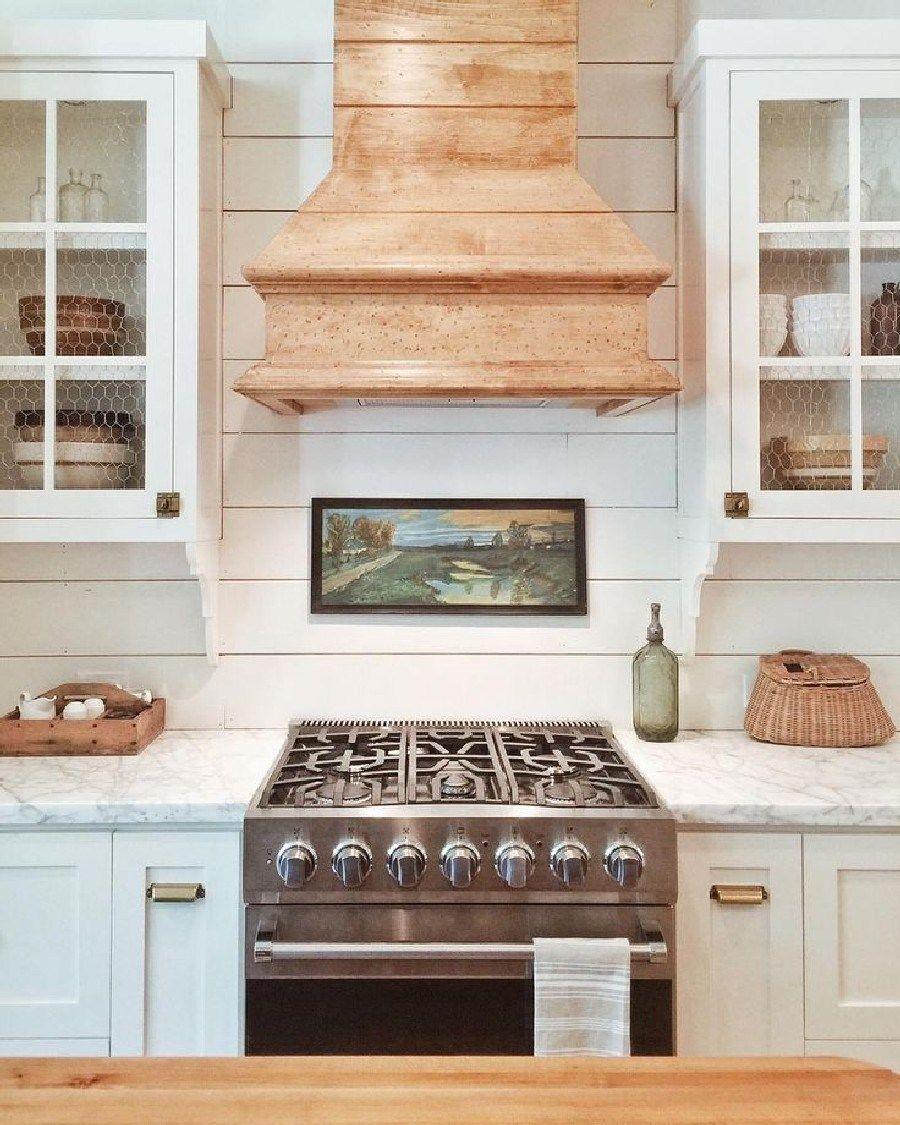 10 Best Decorative Wood Range Hood Design Ideas For Your Kitchen