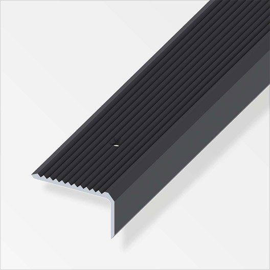 Nez De Marche Aluminium Anodise L 2 M X L 4 1 Cm X H 2 3 Cm Nez De Marche Nez De Marche Exterieur Marches Exterieur